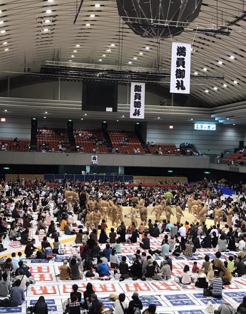 2017年12月13日: 大阪巡業